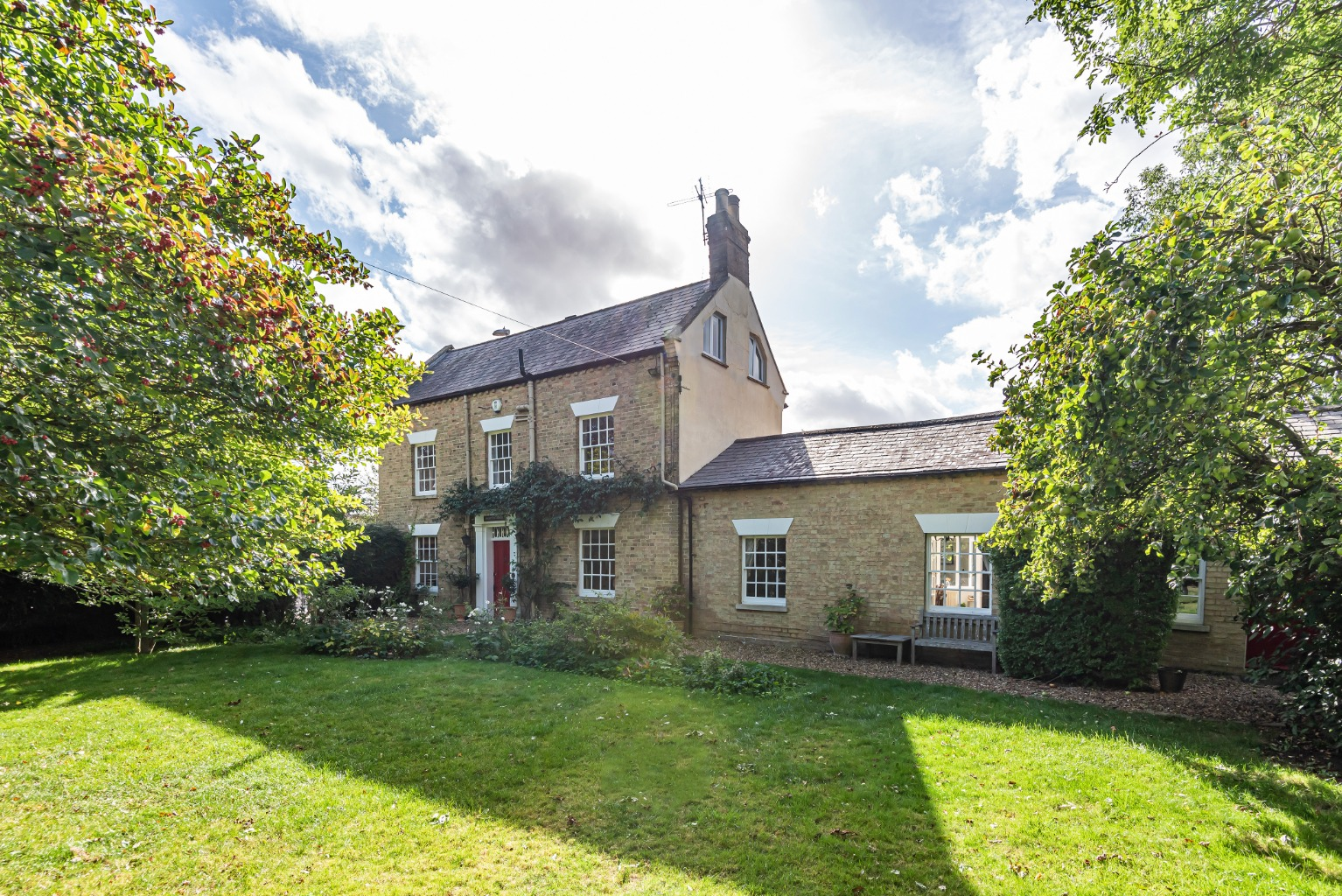 If you are looking for a home with character, charm, elegance and maybe a little bit of grandeur, Marston House has all of that in abundance and much more besides. This stunning, detached, Georgian home is truly a hidden gem, situated within walking distance of St Neots town centre.