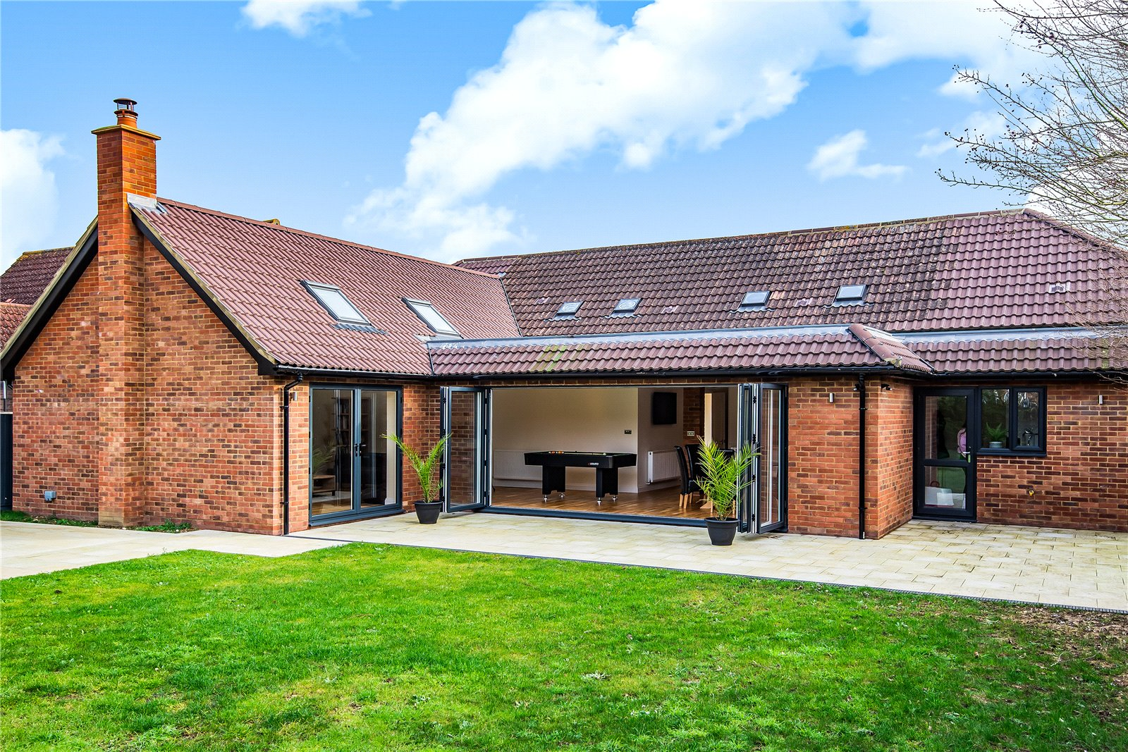 3 bed bungalow for sale in Sand Road, Great Gransden  - Property Image 1