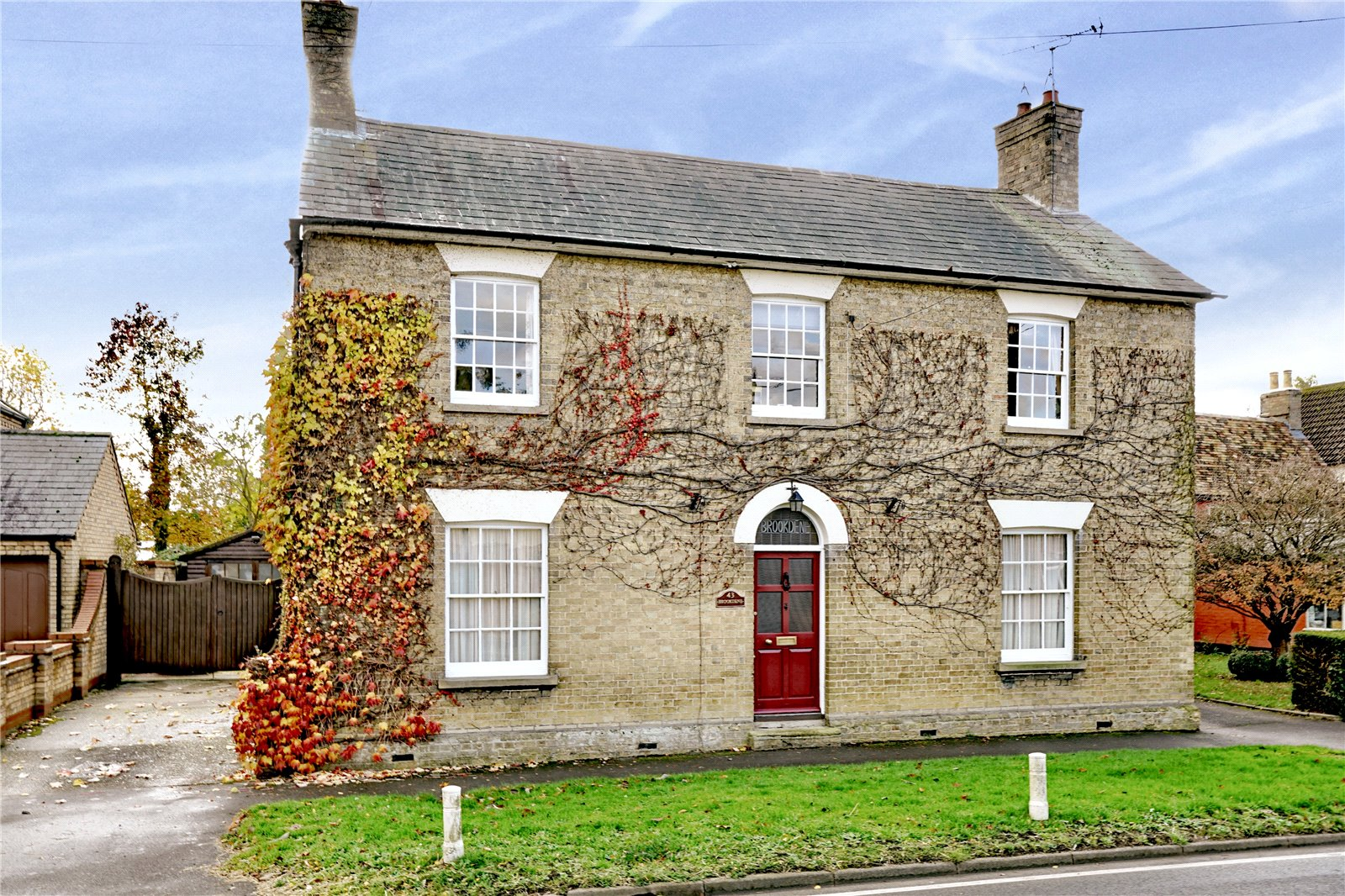 4 bed house for sale in Great Staughton - Property Image 1