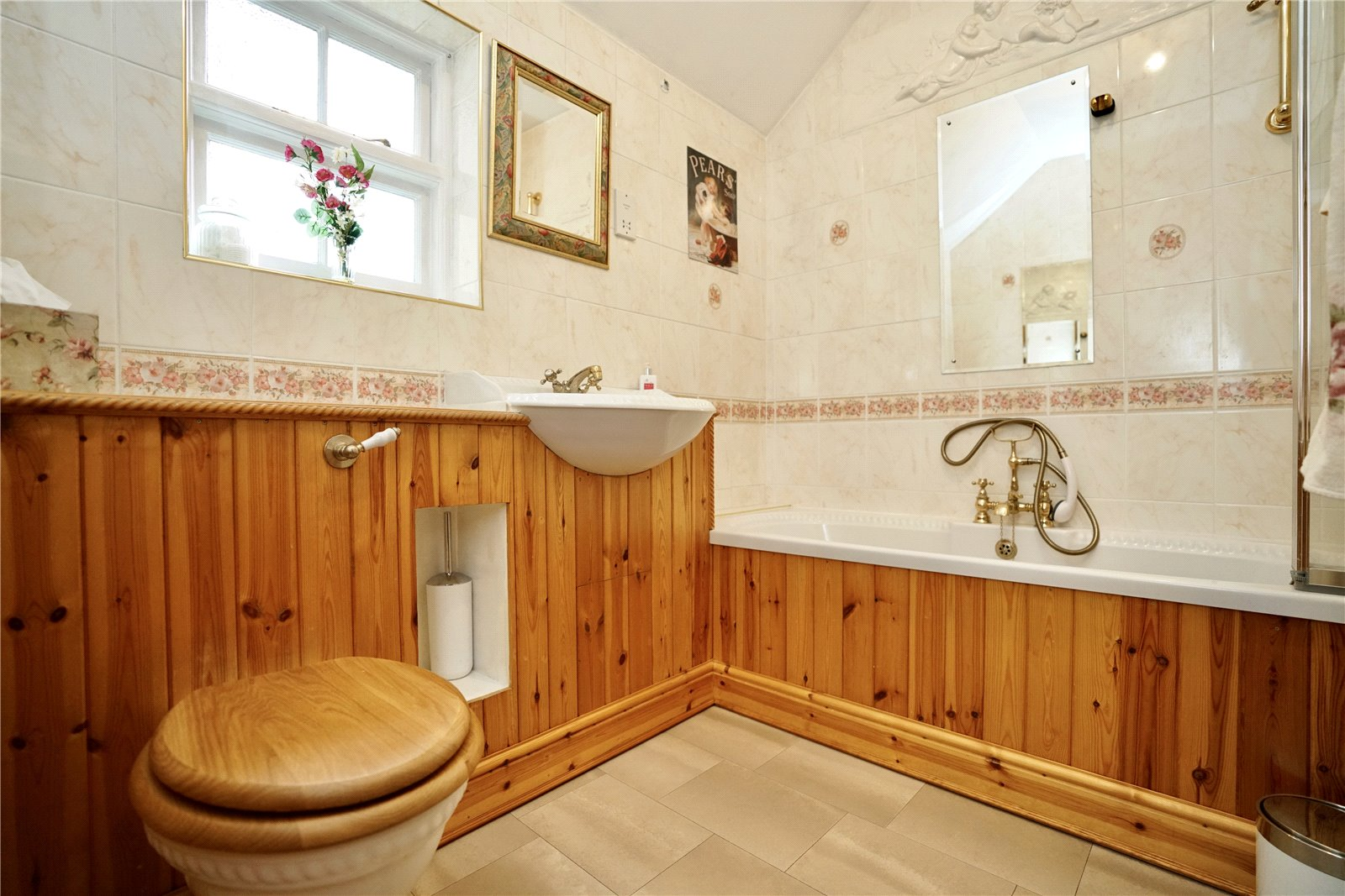 4 bed house for sale in Great Staughton 16