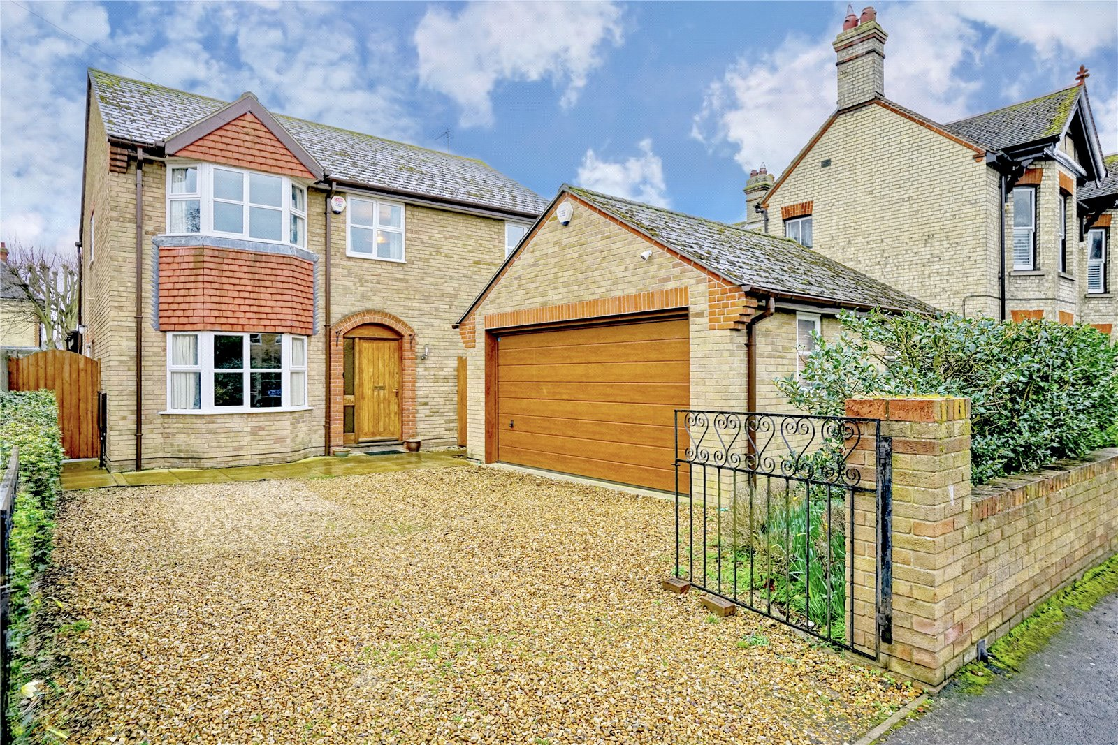 4 bed house for sale in Kings Road, St. Neots, PE19