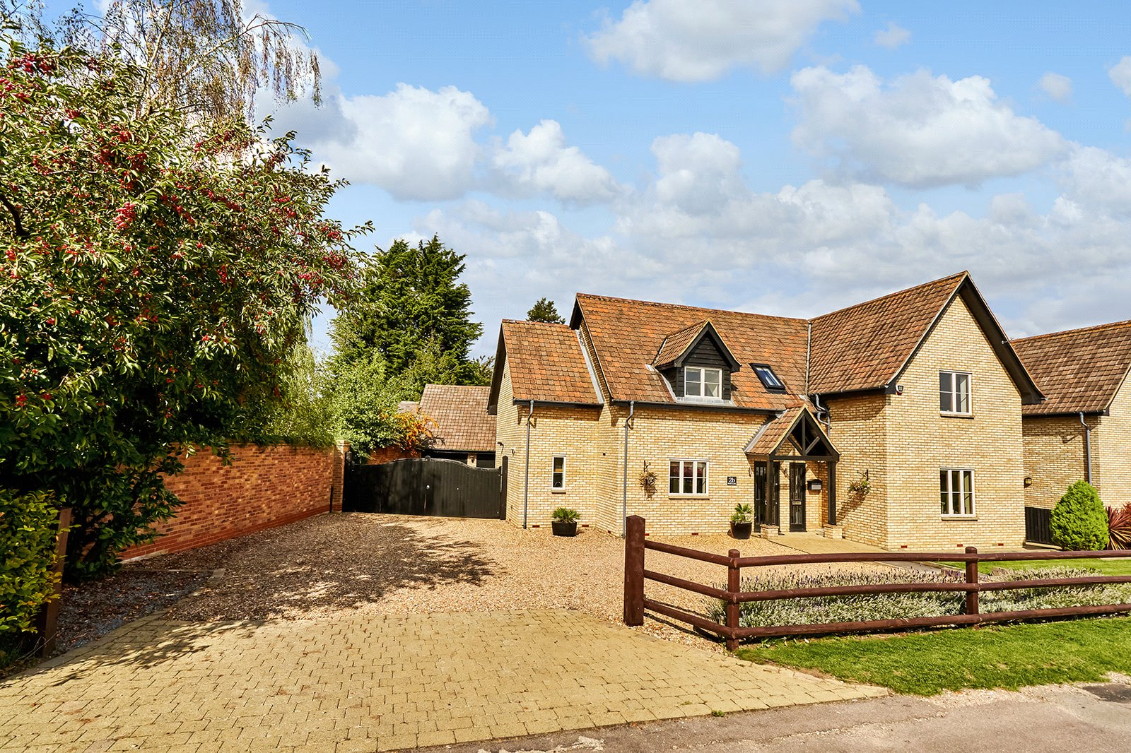 4 bed house for sale in Roxton, MK44 3EJ, MK44