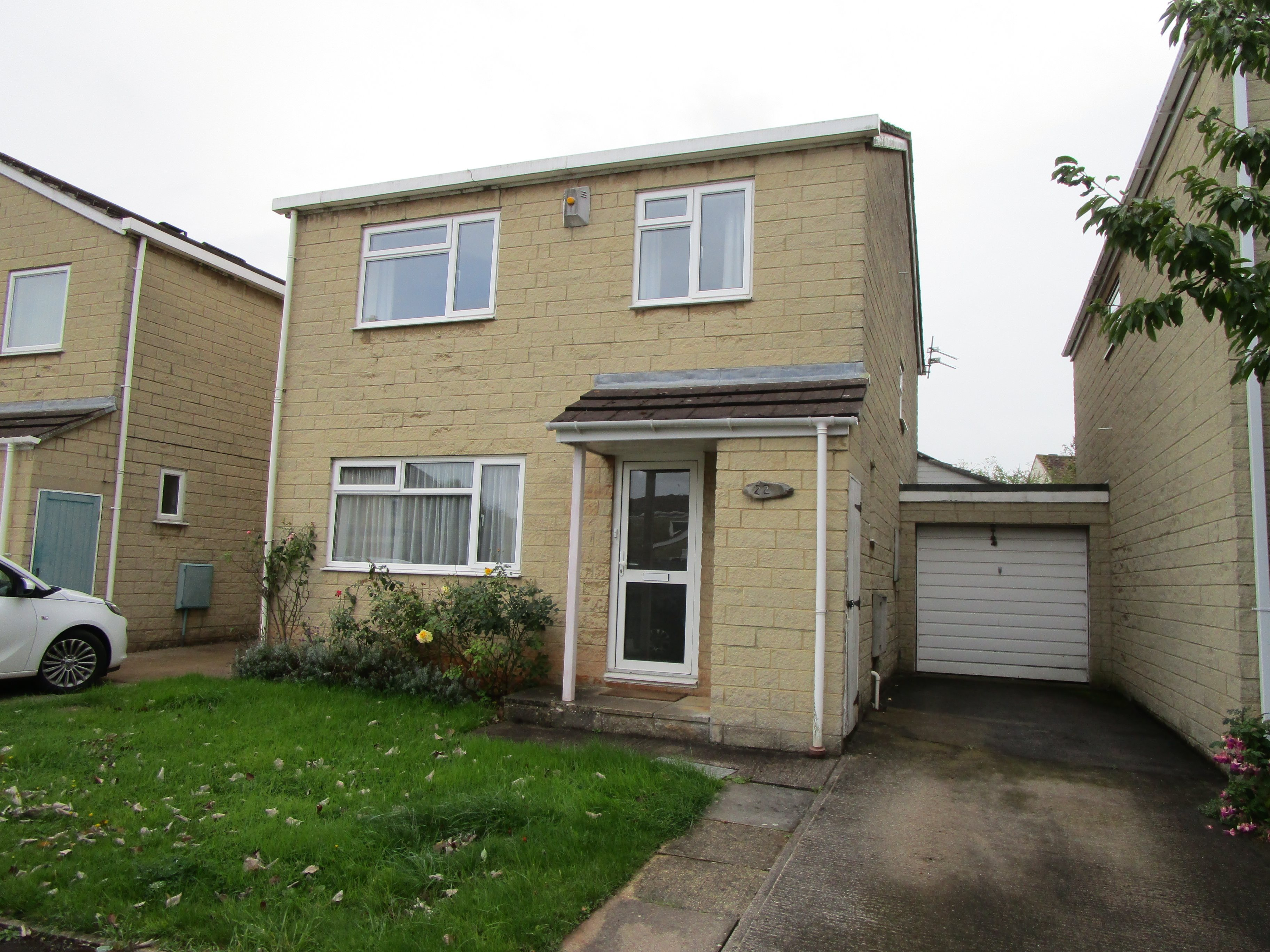 4 bed house to rent in Grampian Close, Oldland Common, BS30