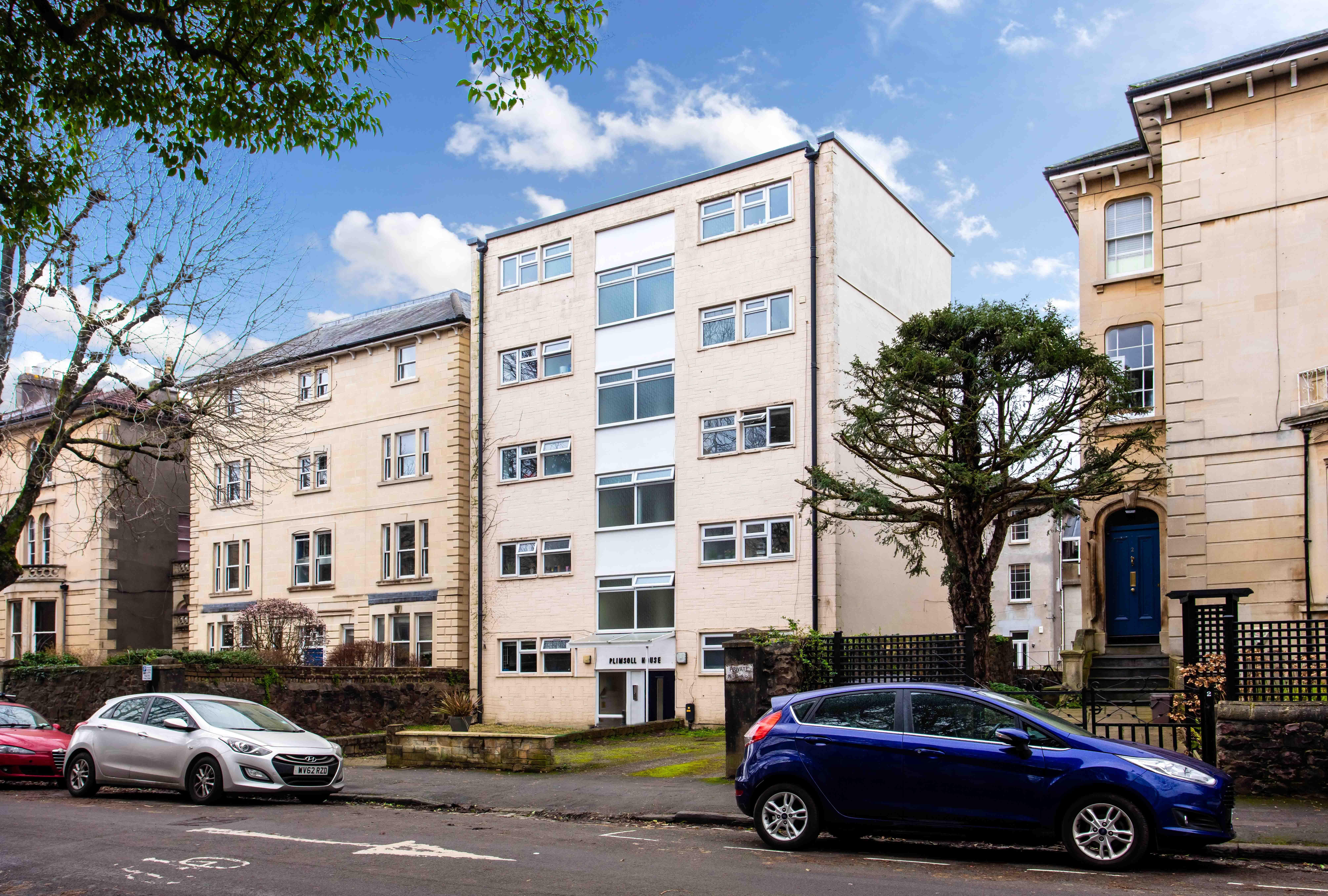 Studio-flat to rent in Redland, BS6