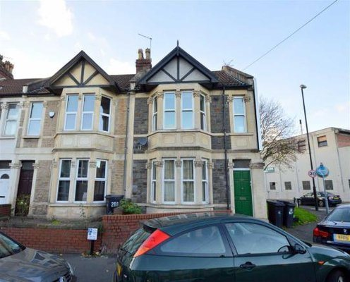 2 bed flat to rent in Southville, BS3