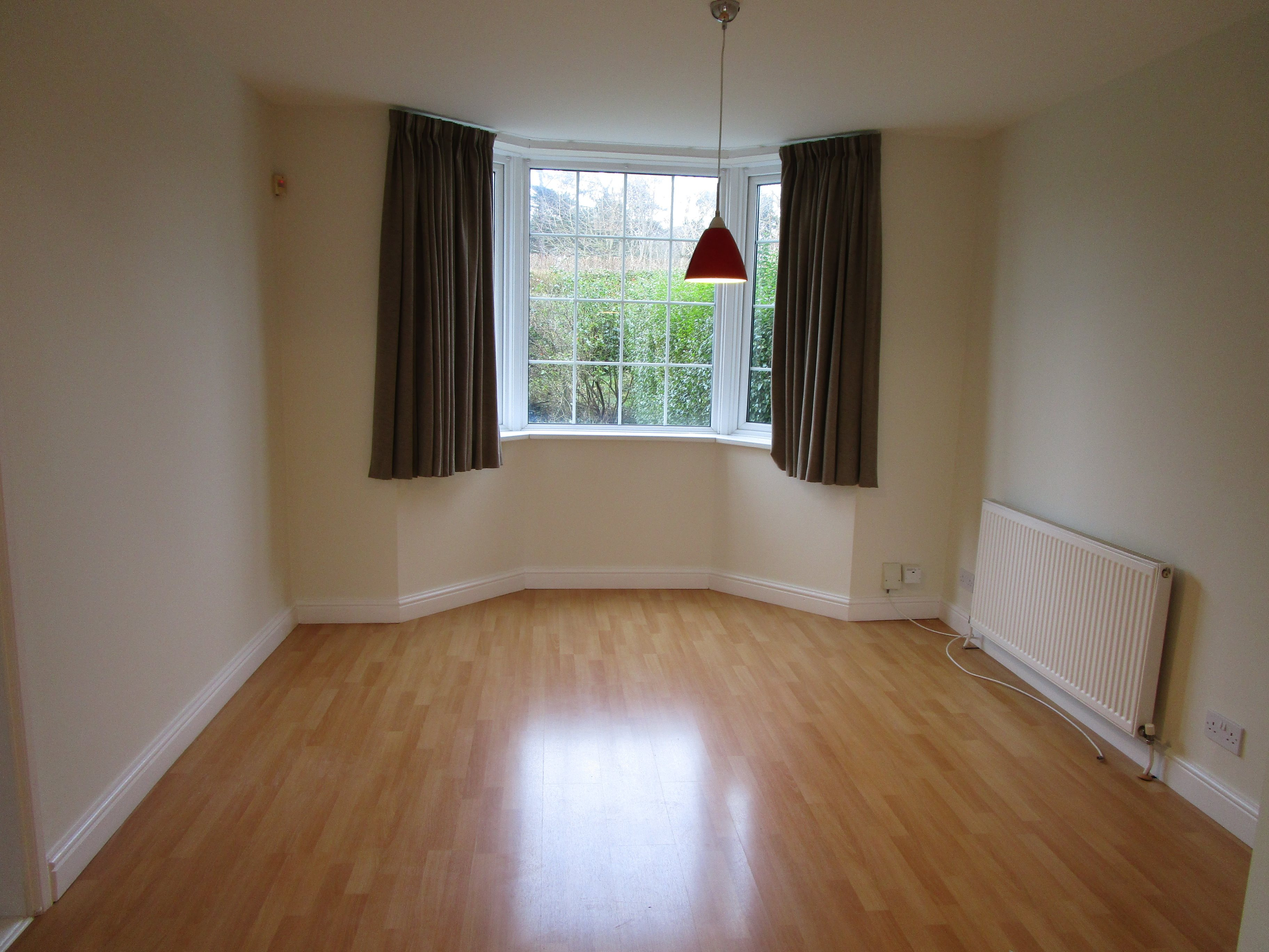 3 bed house to rent in Brentry 6