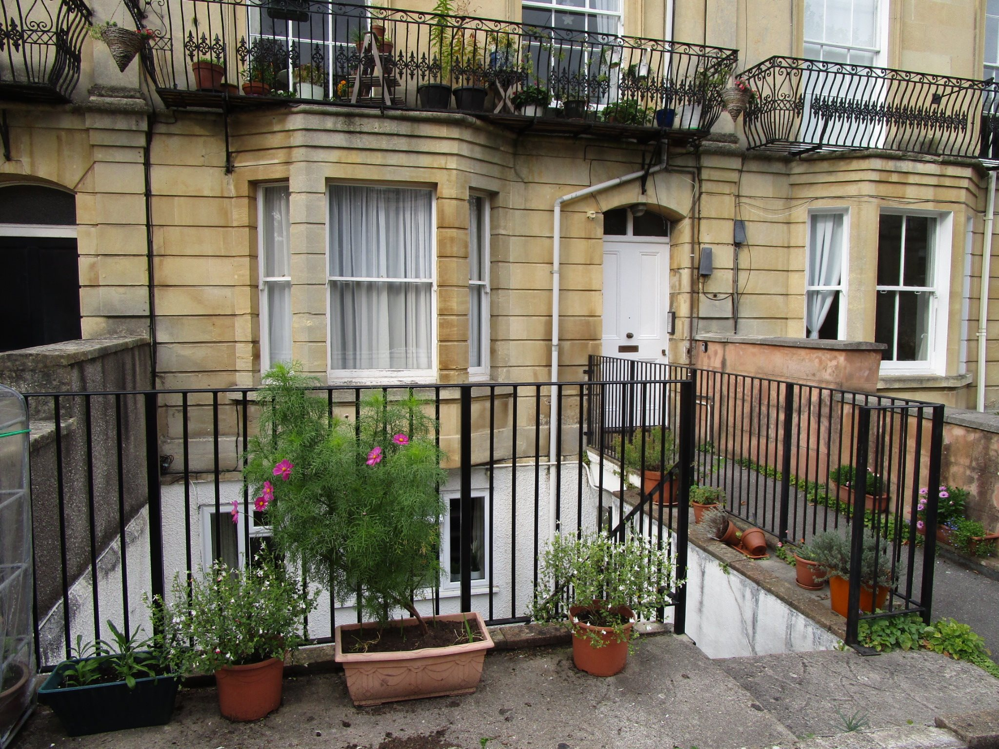 1 bed flat to rent in Apsley Road, Clifton, BS8
