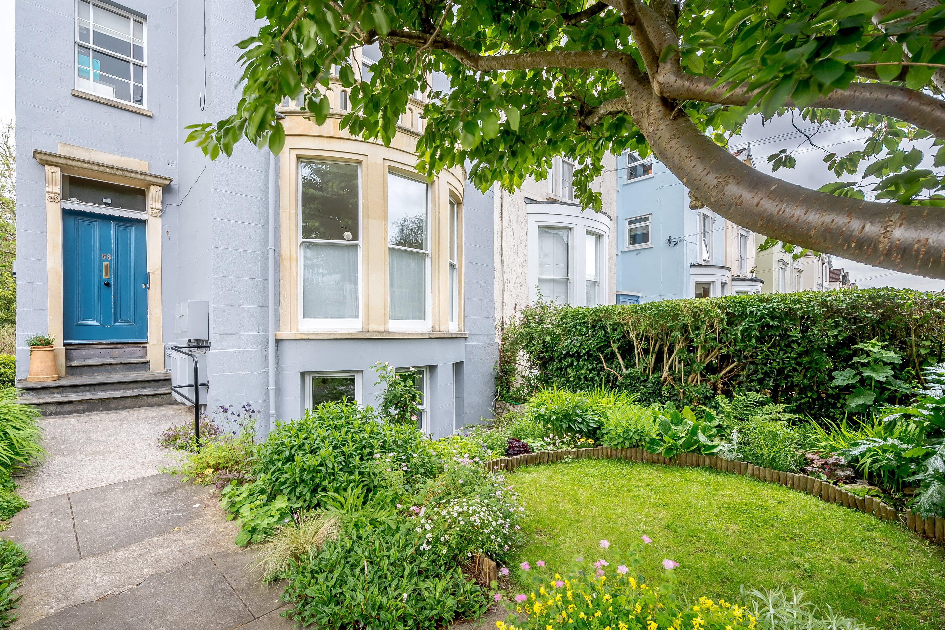 2 bed flat for sale in 66 Hampton Park, Redland - Property Image 1