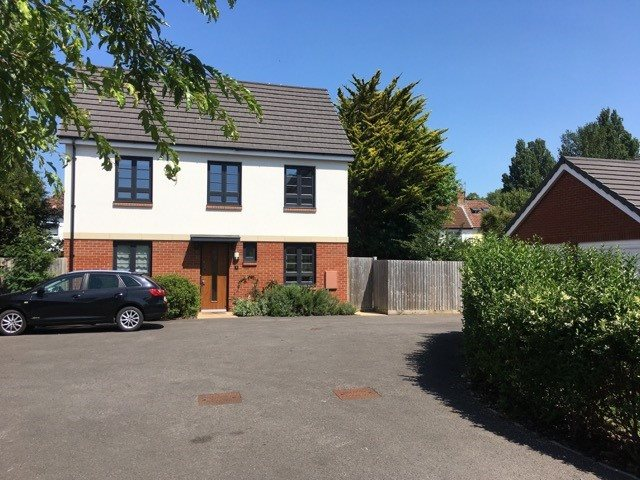 3 bed house for sale in Bedminster  - Property Image 1