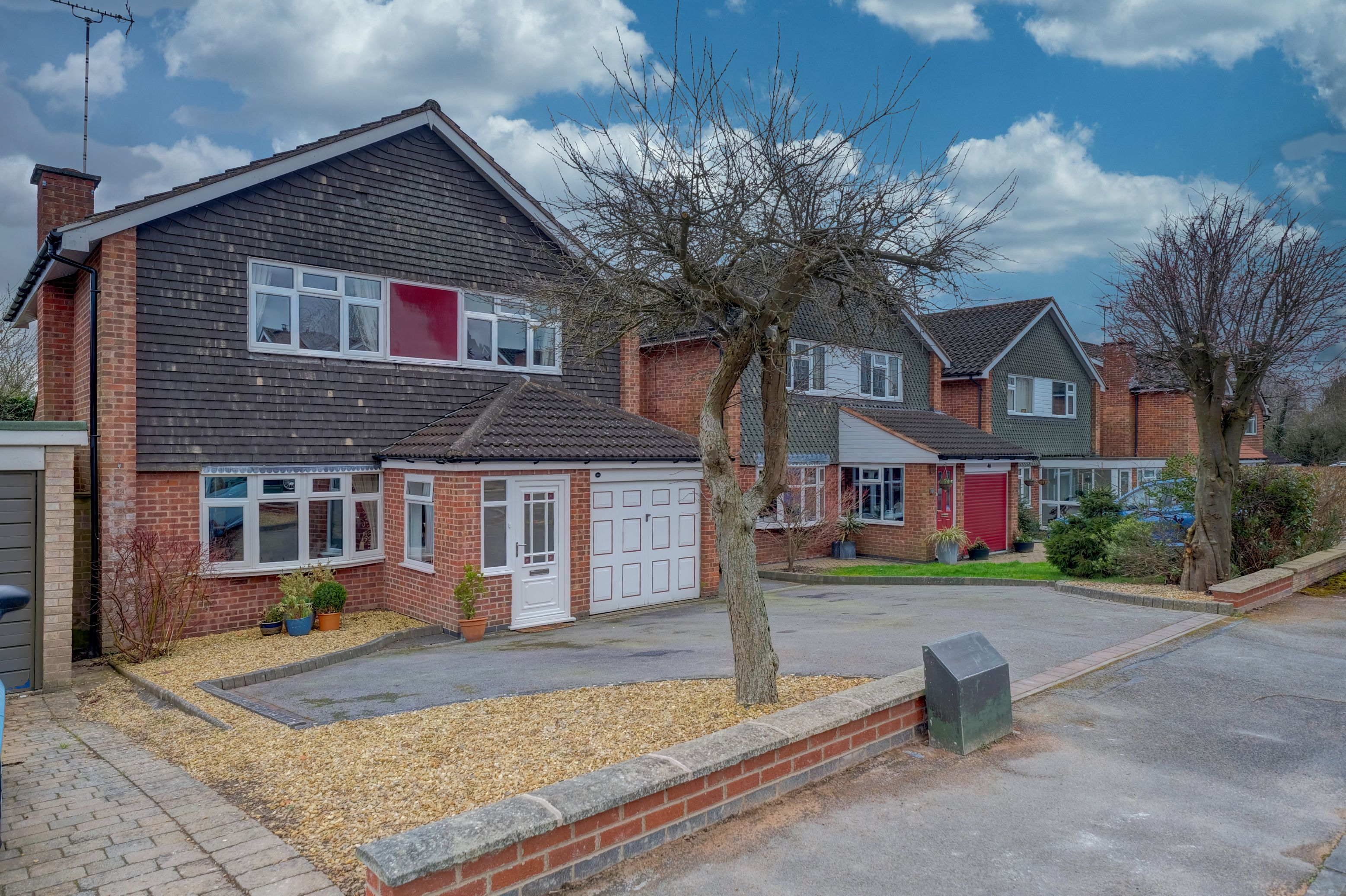 4 bed detached house for sale in Lime Grove, Kirby Muxloe, LE9, Leicester - Property Image 1