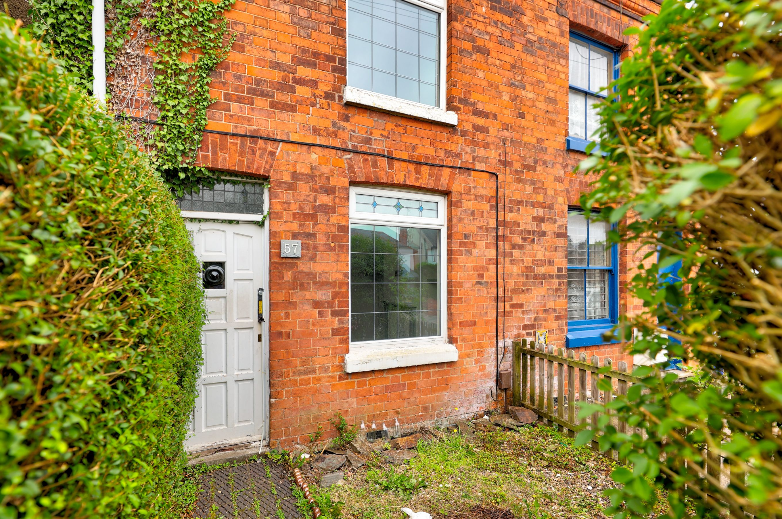 3 bed terraced house for sale in Sketchley Road, Burbage, LE10, Hinckley  - Property Image 1