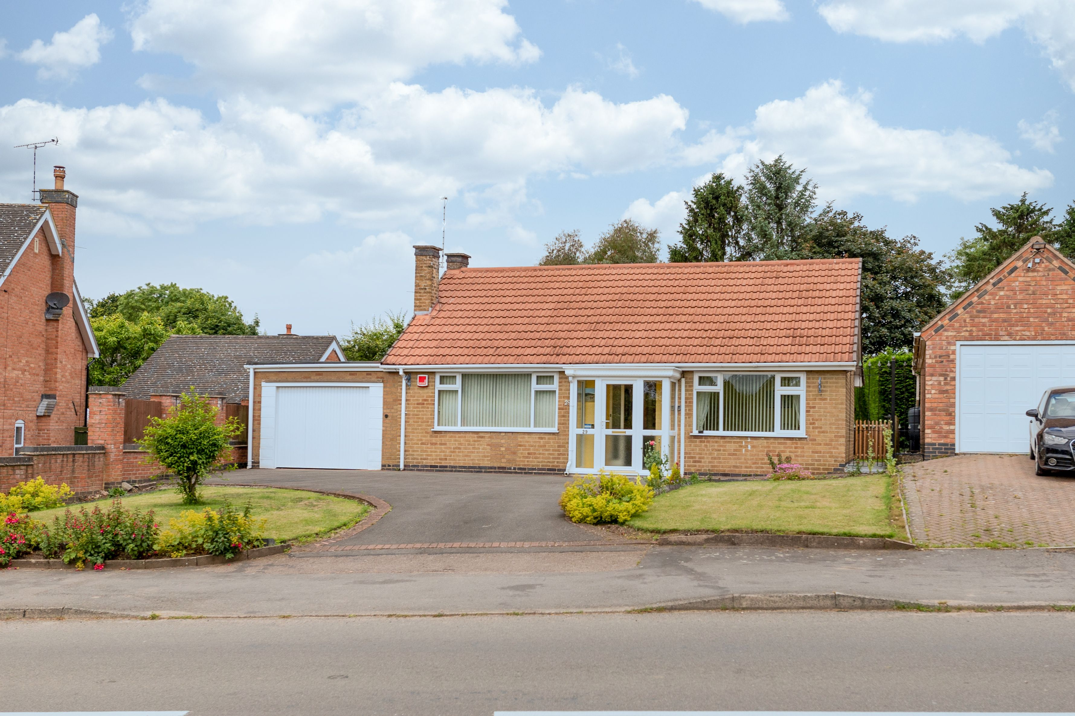 Available with no onward chain is this good-sized two/three bedroom bungalow located in the popular location of Peckleton. Briefly comprising a porch, hallway, lounge, kitchen, sunroom, two bedrooms and bathroom with separate WC.