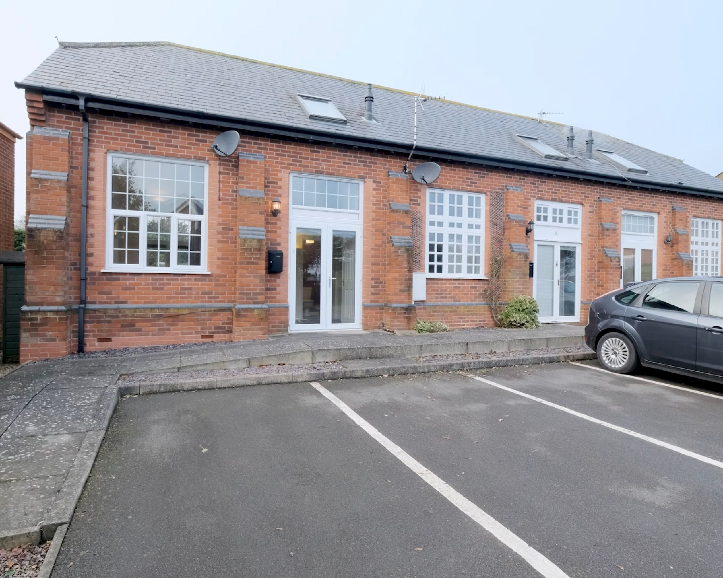 1 bed for sale in Scholars Court, Countesthorpe, LE8, Leicester - Property Image 1