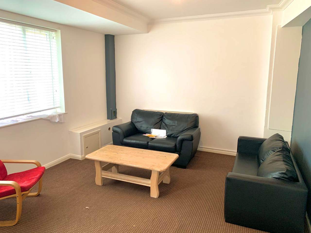 1 bed house / flat share to rent in 16 Upper Bevendean Avenue Brighton BN2 4FF  - Property Image 1