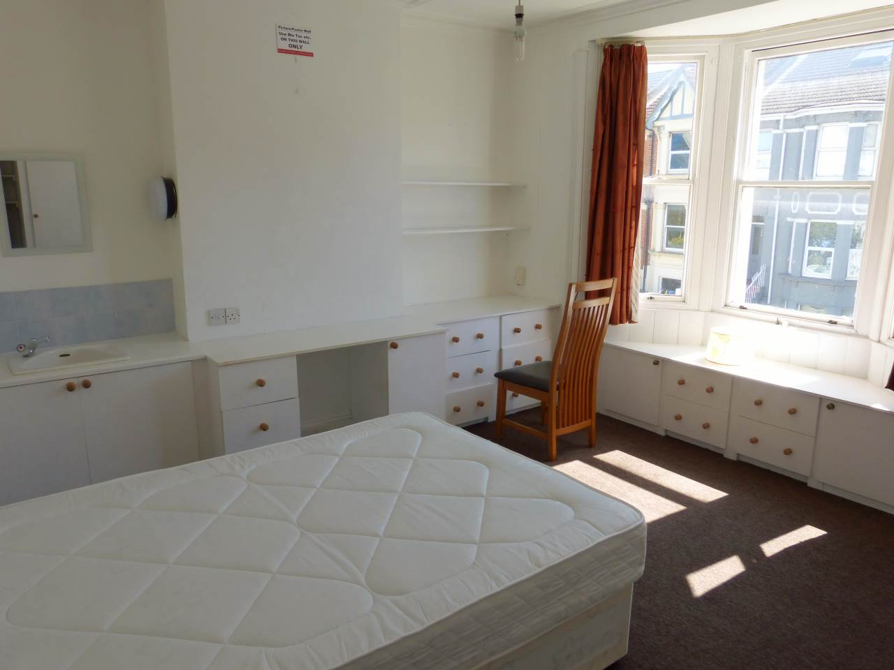 6 bed house to rent in Queen's Park Road, Brighton 9