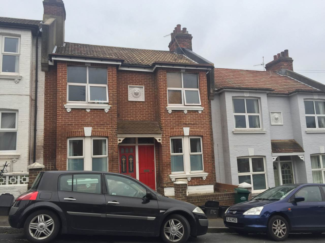 3 bed flat to rent in Shanklin Road, Brighton, BN2