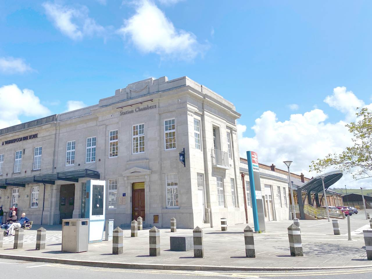 Commercial property to rent in Alexander Road, Aberystwyth, SY23