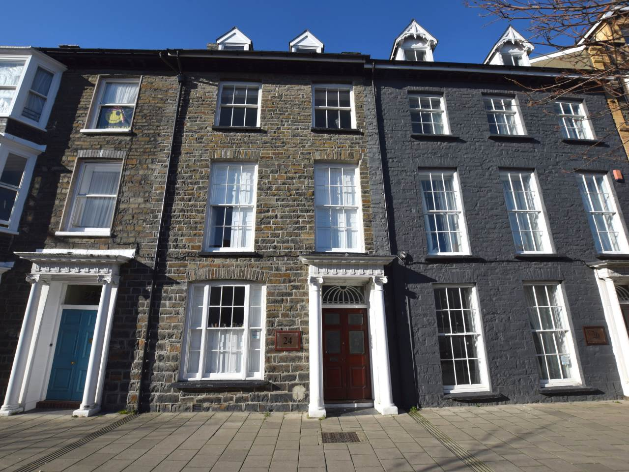 3 bed flat to rent in Aberystwyth, Ceredigion - Property Image 1
