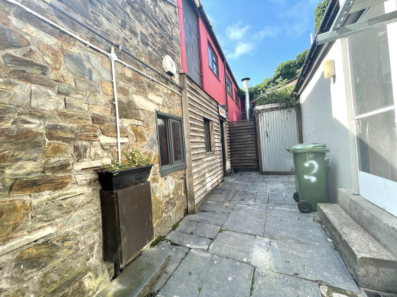 Commercial property to rent in Baker Street, Aberystwyth - Property Image 1