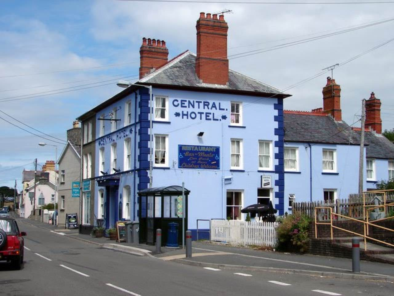 Commercial-property to rent in Llanon, SY23