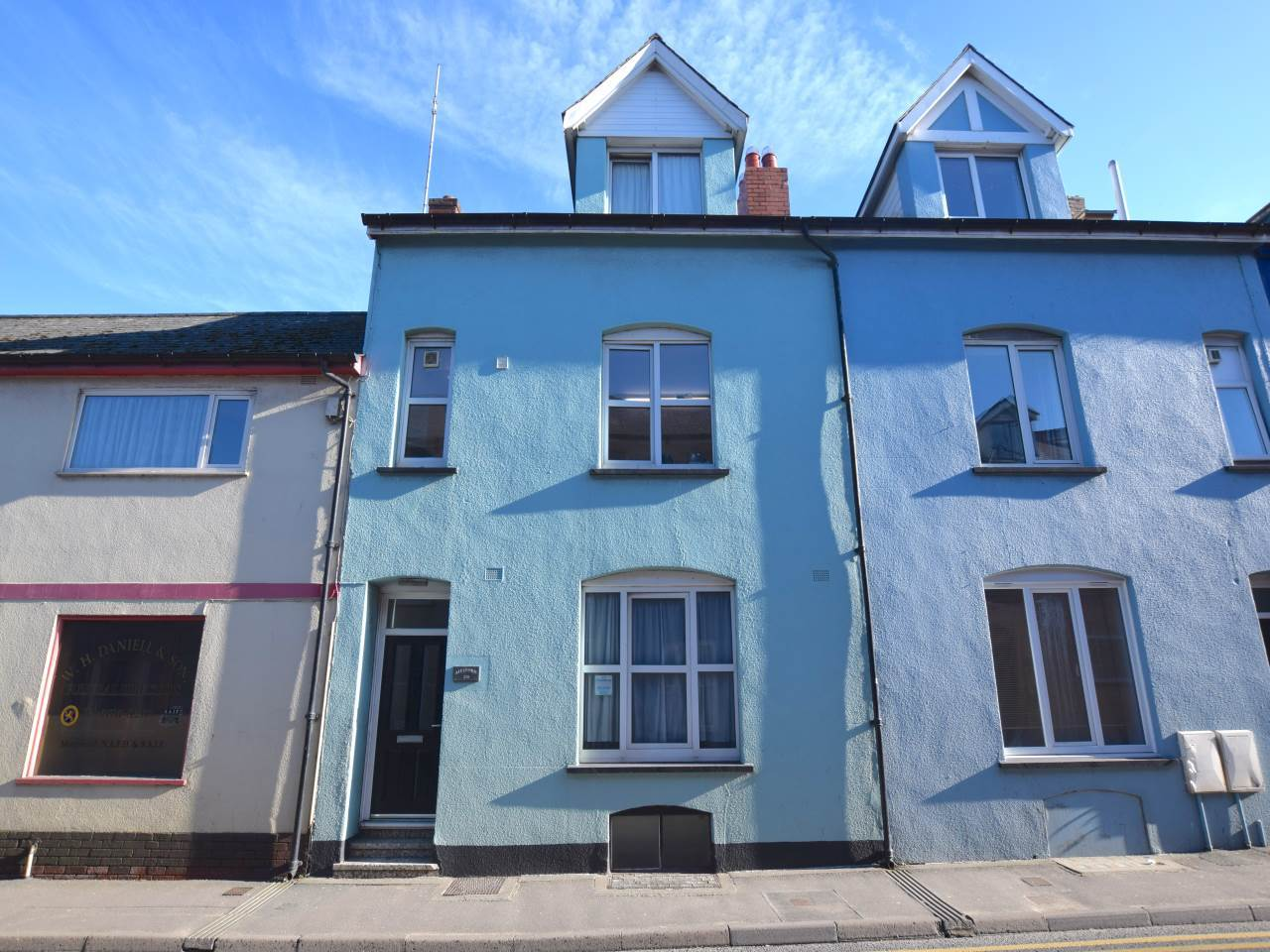 1 bed flat to rent in Mill Street, Aberystwyth  - Property Image 1