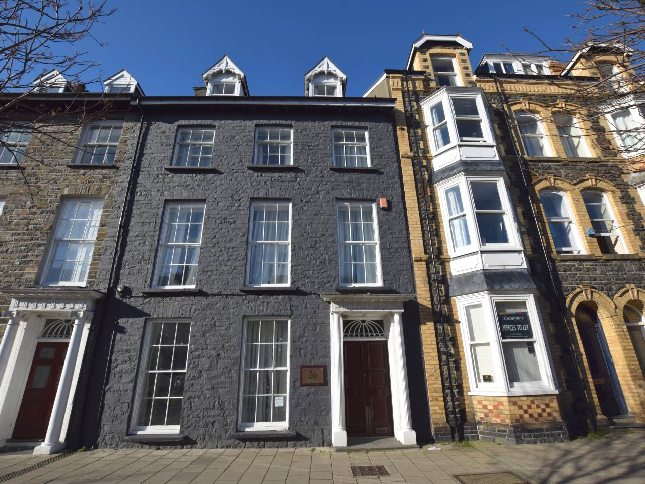 3 bed flat to rent in North Parade, Aberystwyth, SY23