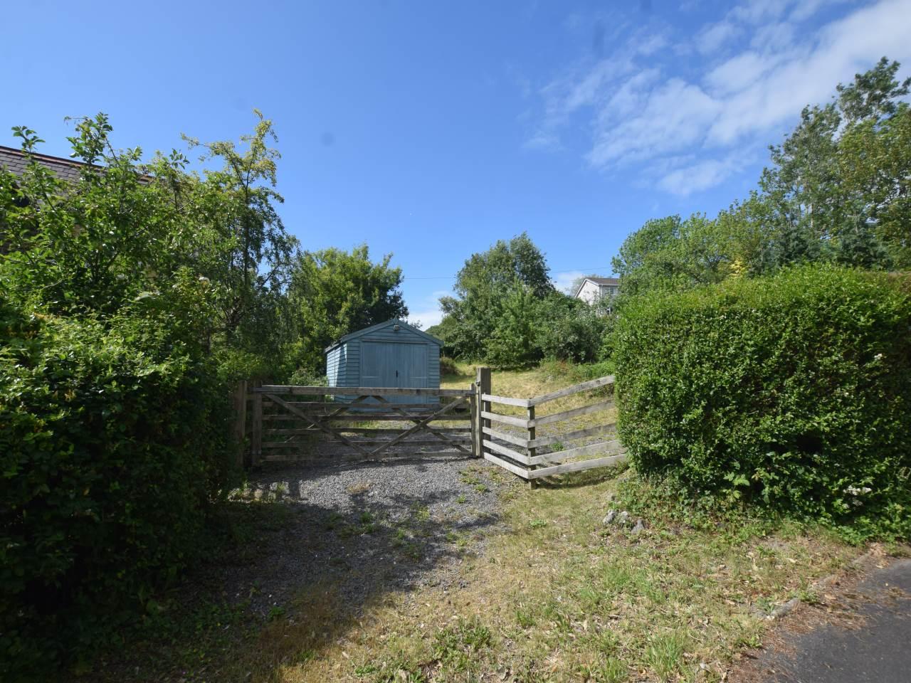 Plot for sale in Primrose Hill, SY23