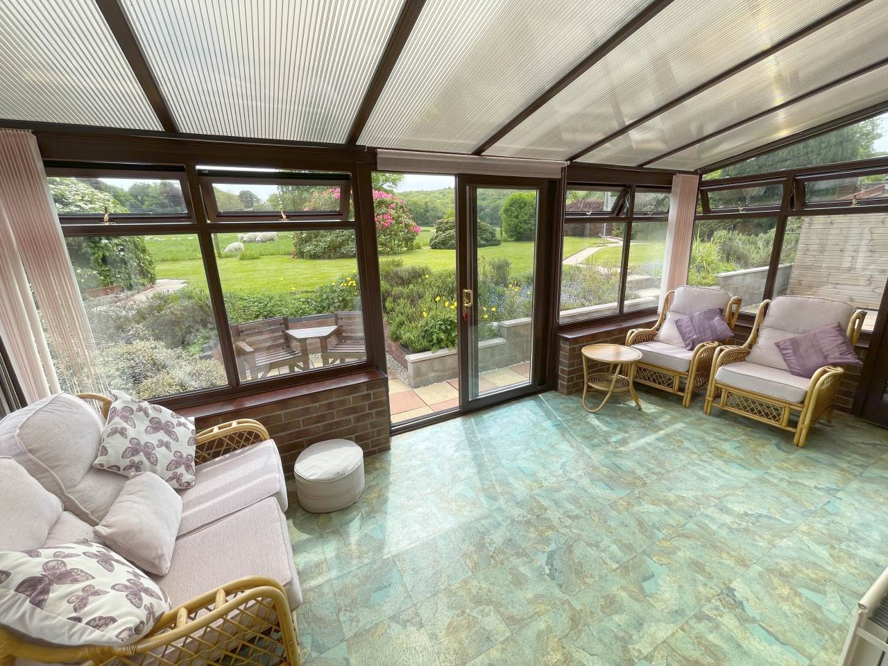 4 bed house for sale in Swn-y-Plant, 1 Troedybryn  - Property Image 4