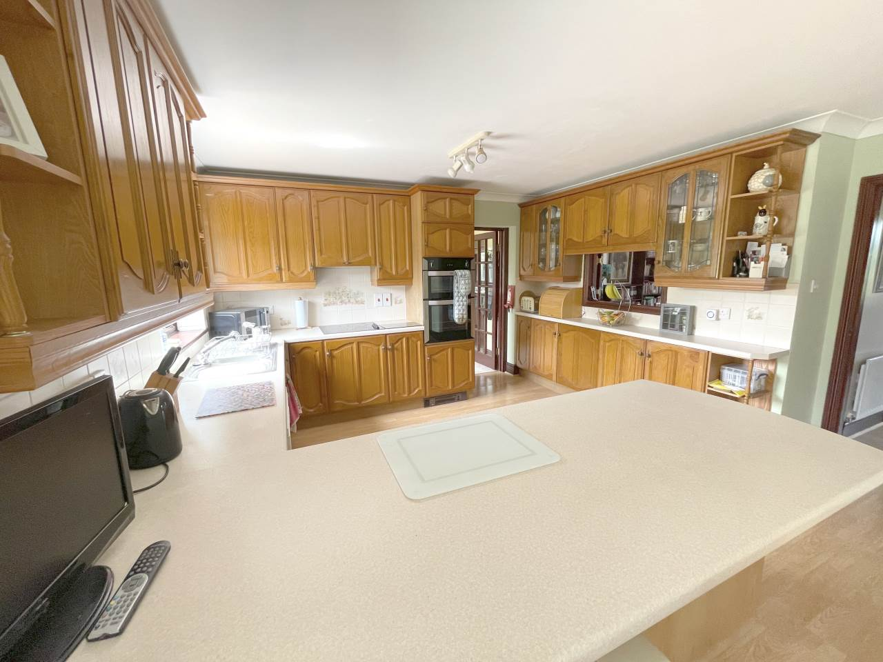 4 bed house for sale in Swn-y-Plant, 1 Troedybryn  - Property Image 6