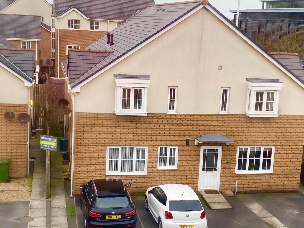 1 bed house for sale in Clos Gwilym, Llanbadarn Fawr  - Property Image 1