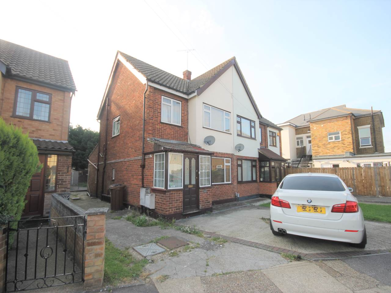3 bed house to rent in Chadwell Heath - Property Image 1