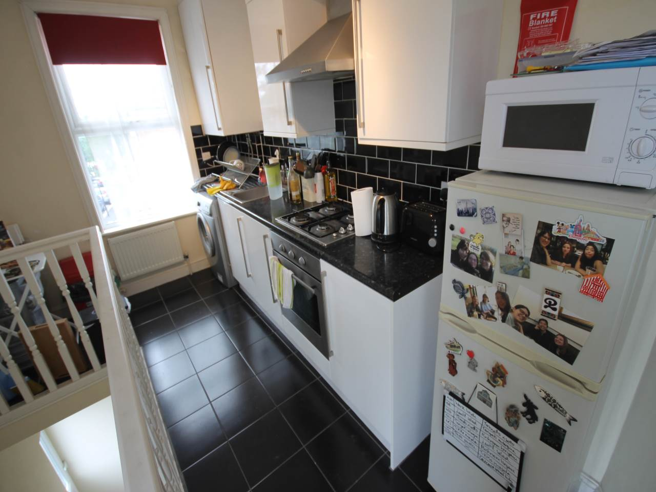 2 bed flat to rent in Hoe Street, Walthamstow, E17