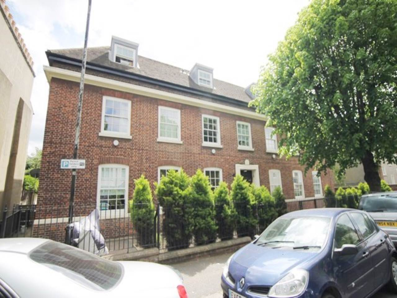 2 bed flat to rent in Serenity Apartments, Grosvenor Park Road  - Property Image 1