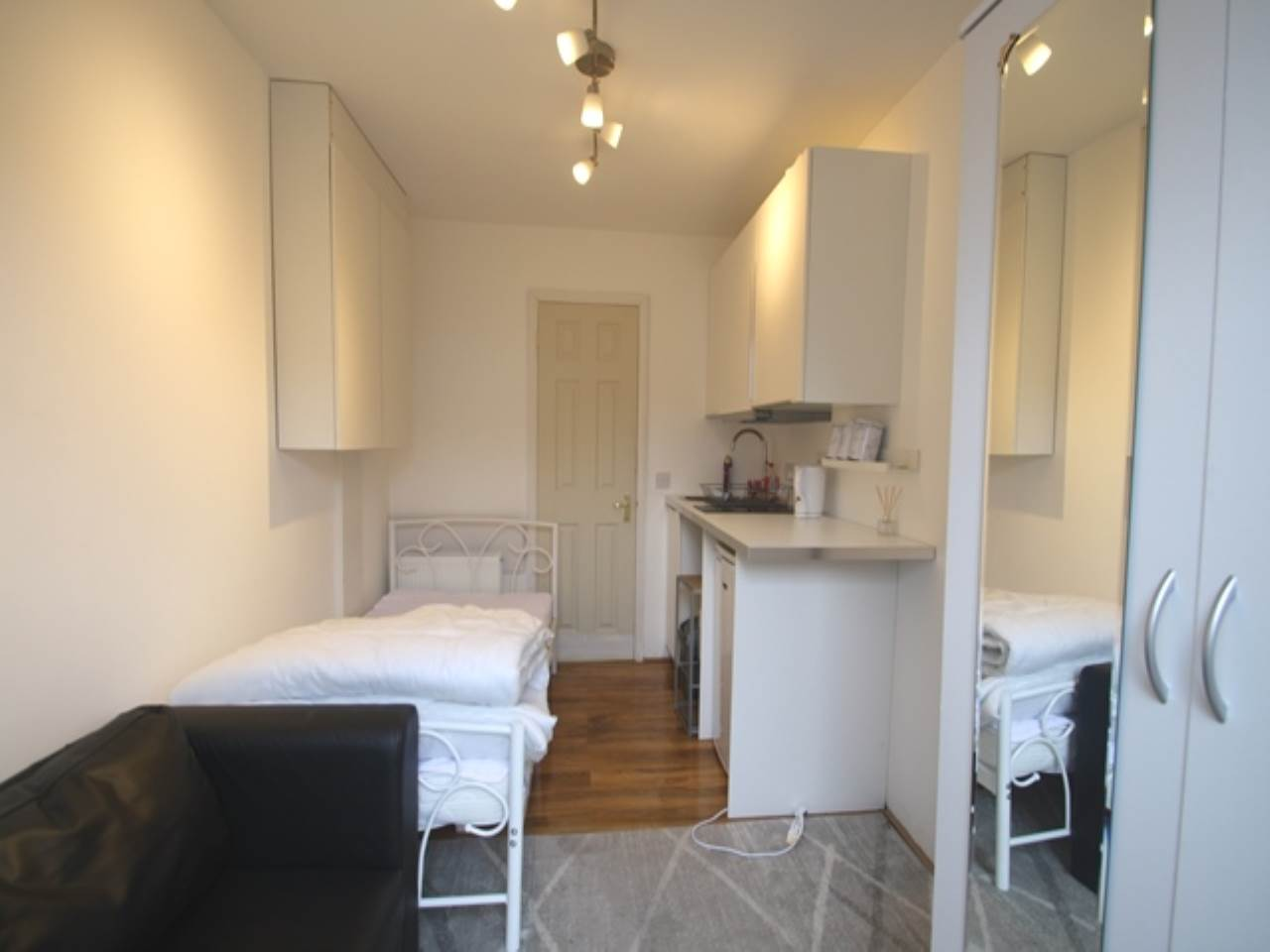 1 bed studio-flat to rent in Beckton, E6