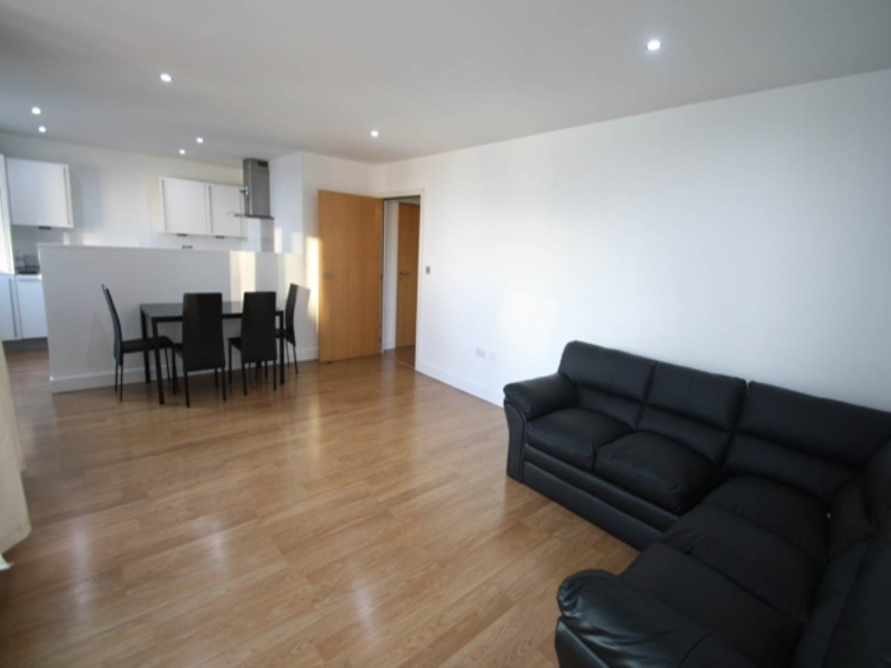 2 bed flat to rent in Ebb Court, Albert Basin Way, E16