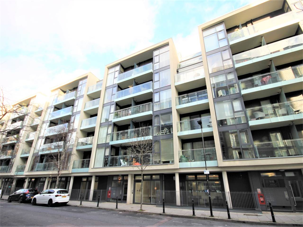 1 bed flat to rent in Wenlock Road, N1