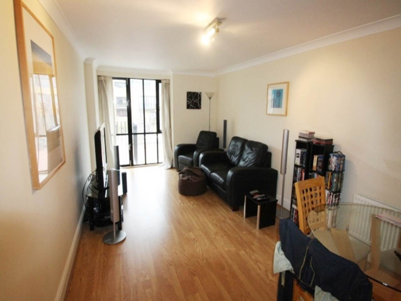 1 bed flat to rent in Taffrail House, Burrells Wharf Square, E14