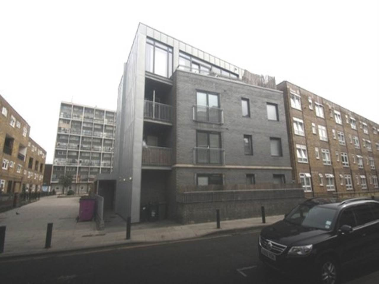 2 bed flat to rent in Headlam Street, Whitechapel, E1 5
