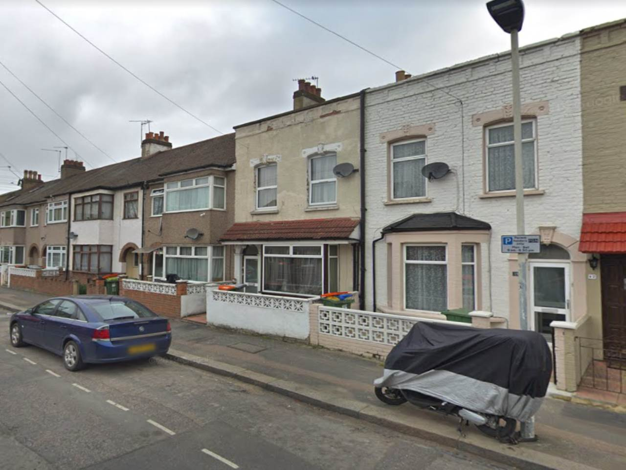 5 bed house to rent in Forest Gate 0