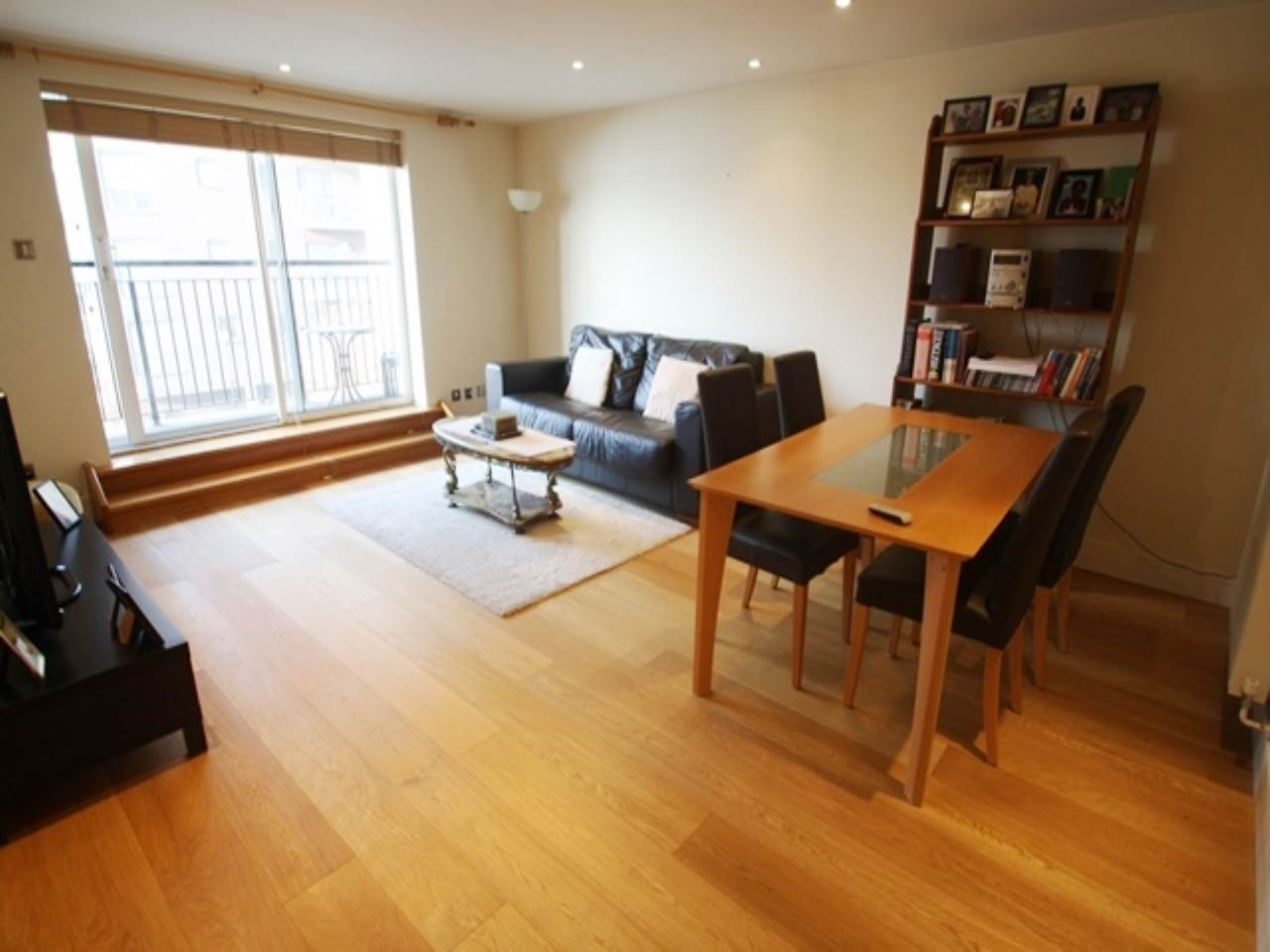 1 bed flat to rent in Studley Court, Prime Meridian Walk, E14