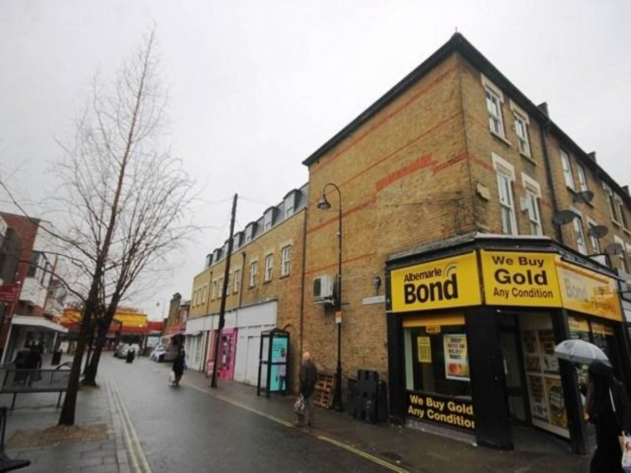 2 bed flat to rent in Myrtle Road, East Ham, E6 1