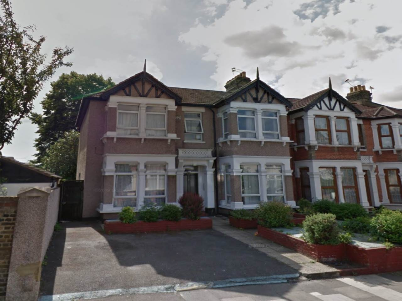 1 bed flat to rent in Ilford, IG1