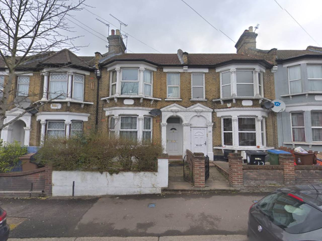 2 bed house to rent in Grove Road, Walthamstow, E17