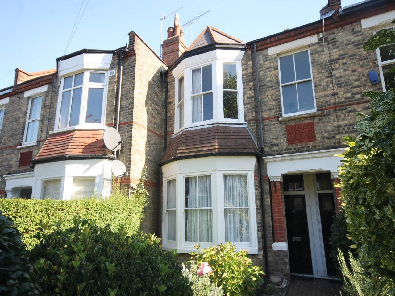 2 bed flat to rent in East Finchley, N2