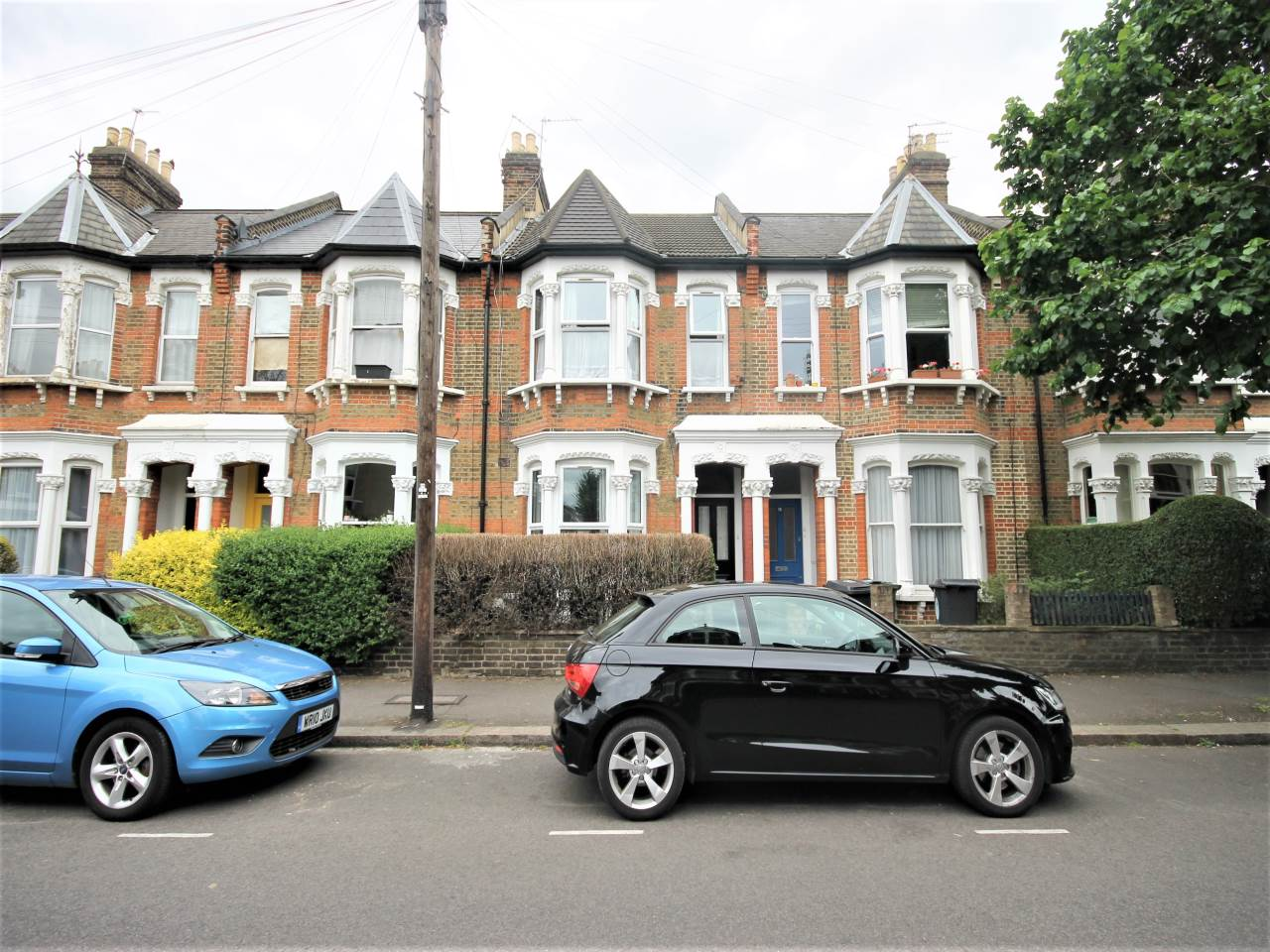 2 bed flat to rent in Cleveland Park Avenue, Walthamstow, E17