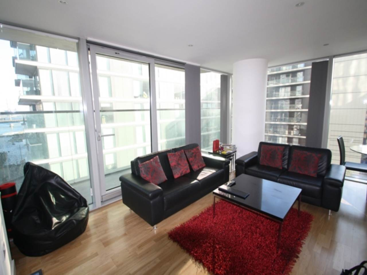 2 bed flat for sale in Landmark West Tower, 22 Marsh Wall, E14