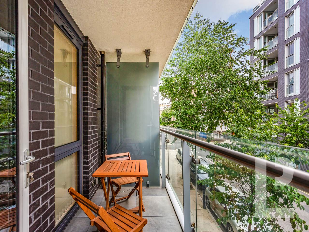 1 bed flat for sale in Wenlock Road 5