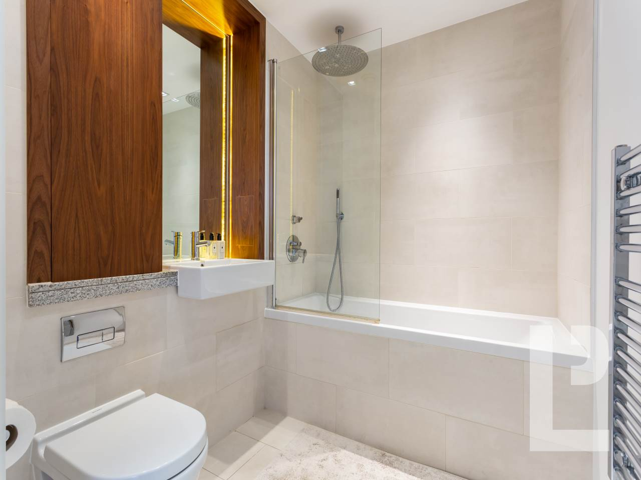 1 bed flat for sale in Wenlock Road 6