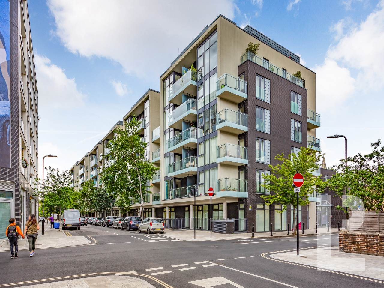 1 bed flat for sale in Wenlock Road  - Property Image 1
