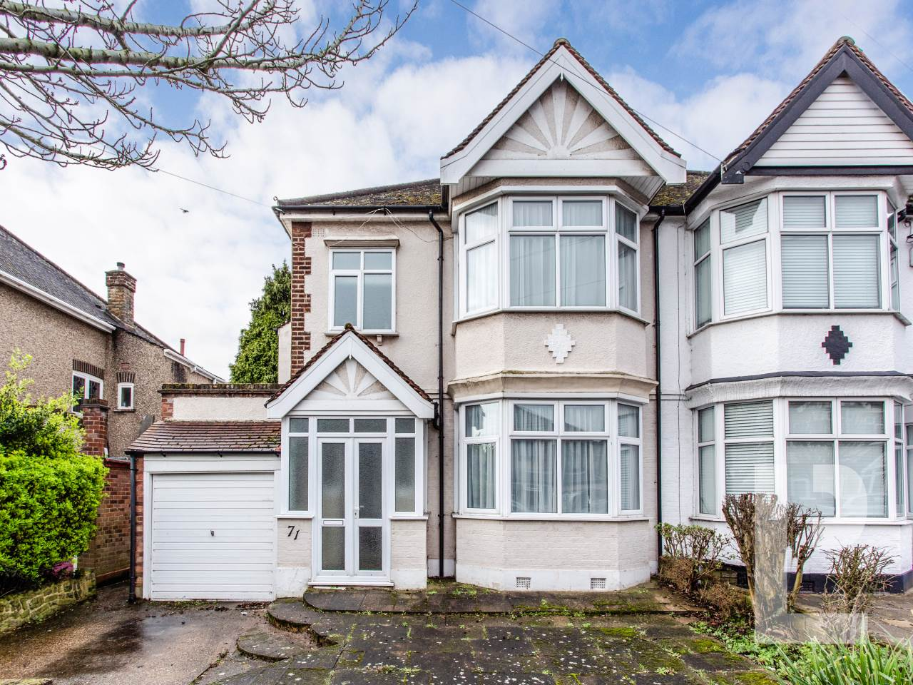 3 bed house for sale in Barkingside , IG6